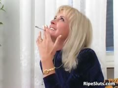 Horny mature blonde sucks on hard cock part5