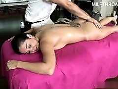 18 year old pussy  riding dick
